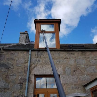 Blue Wave Aberdeen window cleaning high reach