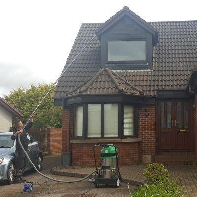 Blue Wave Aberdeen  Aberdeenshire professional gutter cleaning